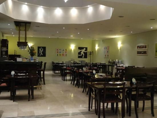Argenta Tower Hotel and Suites: Restaurante