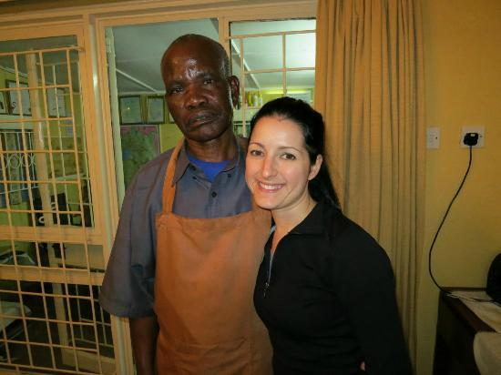Sandavy Guest House - Kilimani: Me and Peter, the cook. His food was SO delicious.