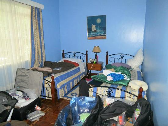 Sandavy Guest House - Kilimani : Our room (excuse our mess)