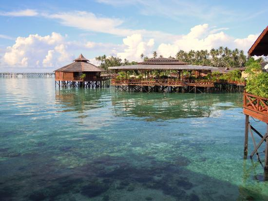 Sipadan Water Village: resort view