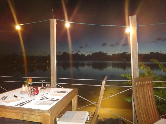 Le Meridien Tahiti: Blissful view from dining area