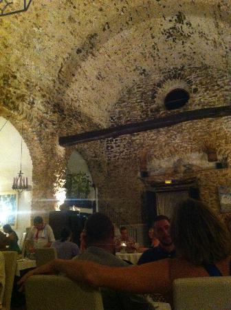Sa Capella : Inside the restaurant
