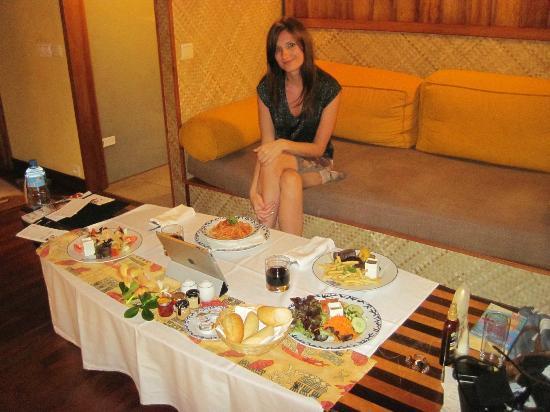 Le Meridien Tahiti: Room Service