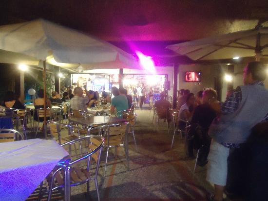 The Bounty: terrazza esterna 9