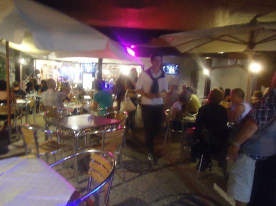 The Bounty: terrazza esterna 7