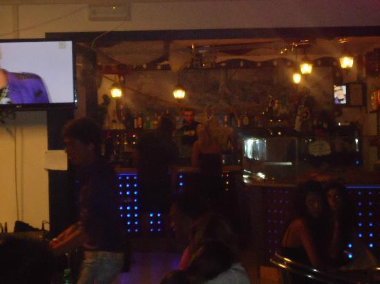 The Bounty: bancone bar
