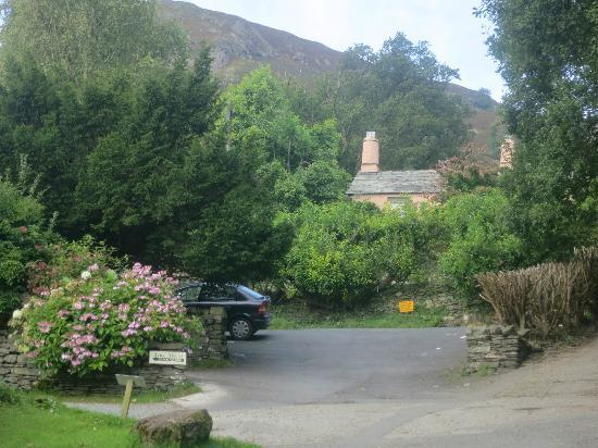 "Rydal Mount & Gardens: The ""congested and busy"" parking lot at 2pm"