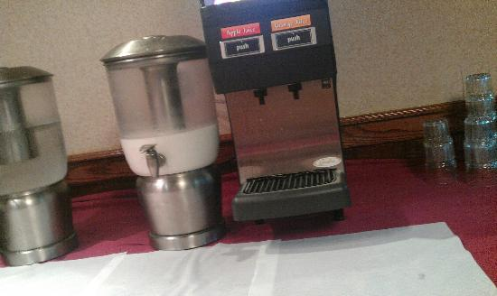 "Clarion Hotel: ""Continental Breakfast"" 4"