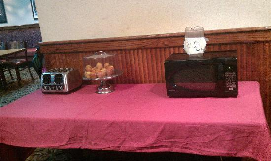 "Clarion Hotel: ""Continental Breakfast"" 3"