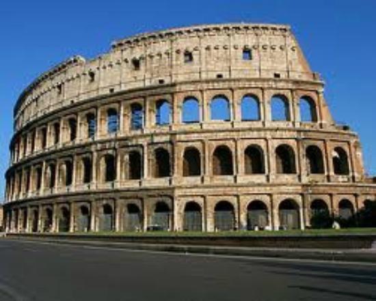 Pangea : Colosseum