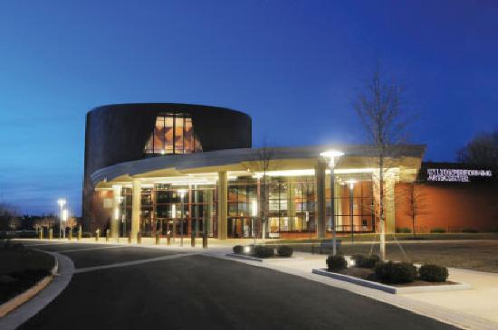 Manassas, VA: Hylton Peforming Arts Center