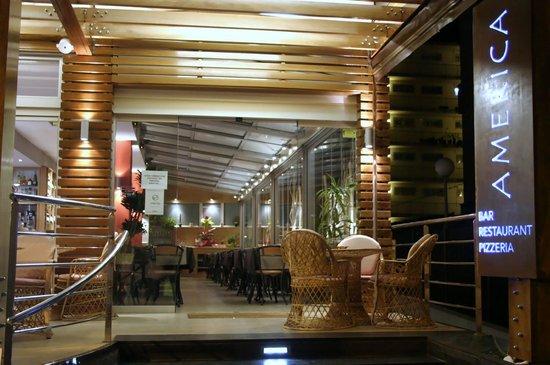 Restaurant America