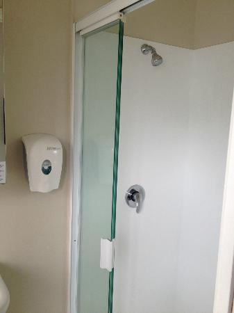 City Lodge : Very clean shower cubicle