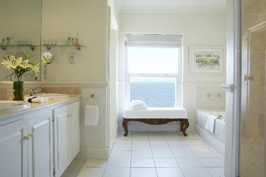 The Marine Hermanus: Rooms - Bathroom