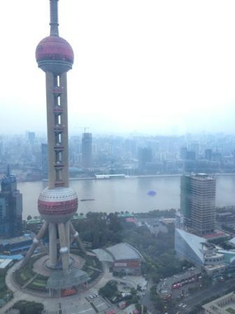 The Ritz-Carlton Shanghai, Pudong : in the afternoon