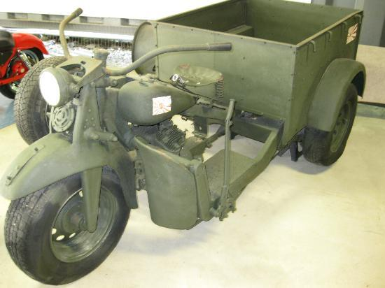 Guam Pacific War Museum: Japanese WWII motorcycle, ammunition carrier