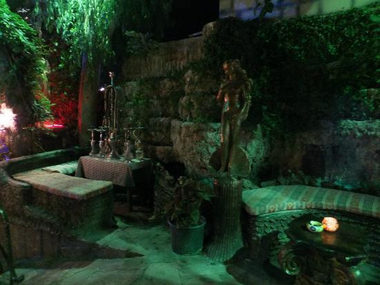 Pasakoy Bar & Restaurant: Part of the scenery