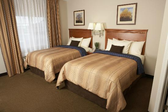 Candlewood Suites at Village West: Doublebed Suite