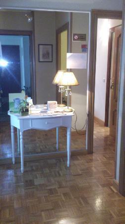 Alojamientos Olga: Entrada del apartamento
