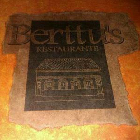 Berttu's: Placa