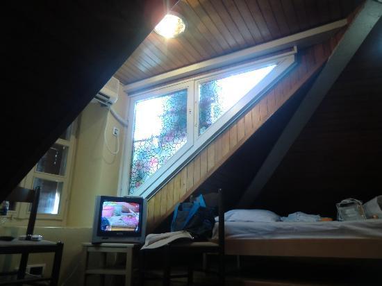 Hotel Rendez-Vous: room on top floor