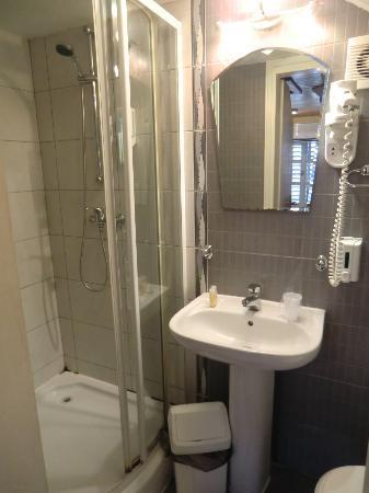 Hotel Rendez-Vous: toilet