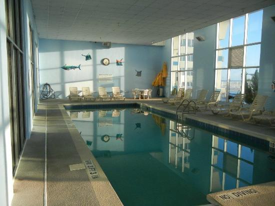 The Suites at Americano Beach: indoor heated pool 