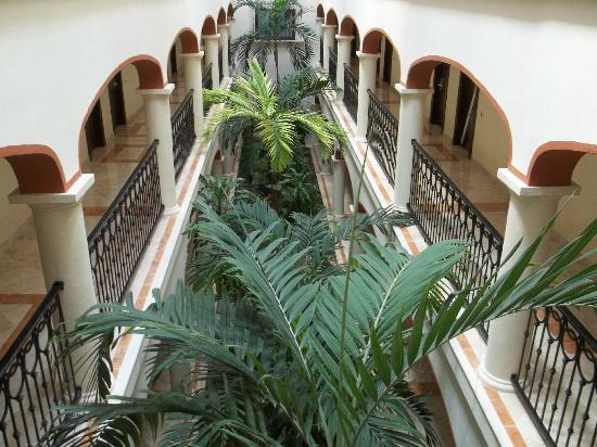 Secrets Capri Riviera Cancun: hotel hall
