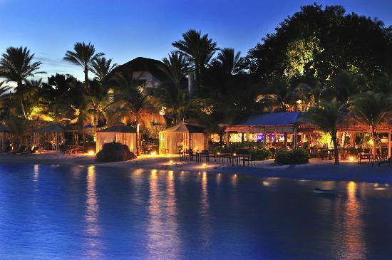 Baoase Luxury Resort: VIew of the Baoase Beach Restaurant