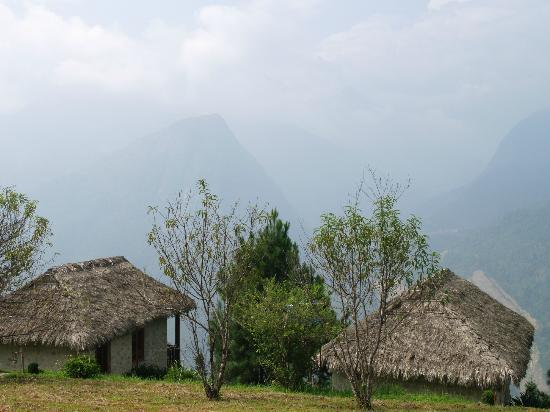 Topas Ecolodge: Views around the lodge
