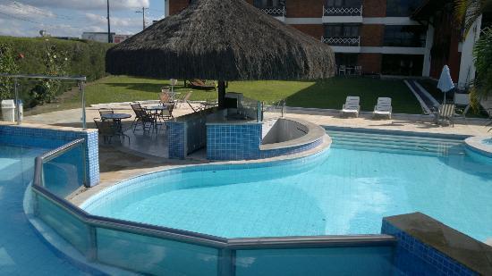 Piscina em obras foto de hotel village premium campina for Ver piscinas grandes