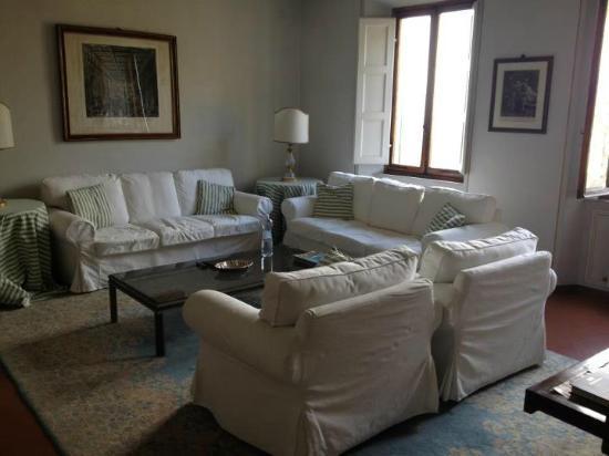 Residenza d'Epoca Palazzo Fineschi Sergardi: Living room