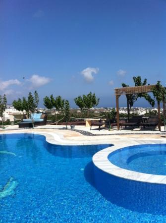 Σαντορίνη Μεσότοπος: linda vista do hotel, ambiente perfeito