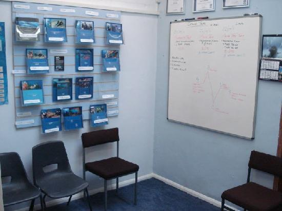 Scuba Scene: Seating area and classroom