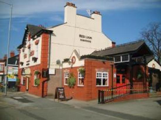 Cheadle, UK: getlstd_property_photo