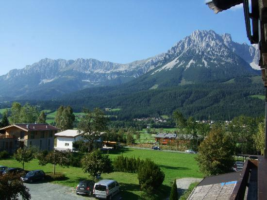 Alte Post: Wilder Kaiser mountains from balcony
