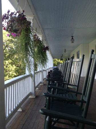 Eagle Mountain House & Golf Club: the veranda...