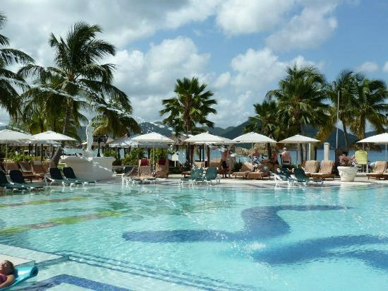Sandals Grande St. Lucian Spa & Beach Resort: Main Pool