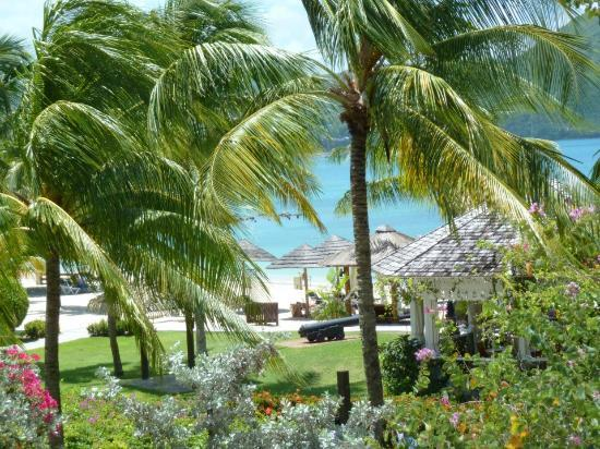 Sandals Grande St. Lucian Spa & Beach Resort: Beautiful Grounds