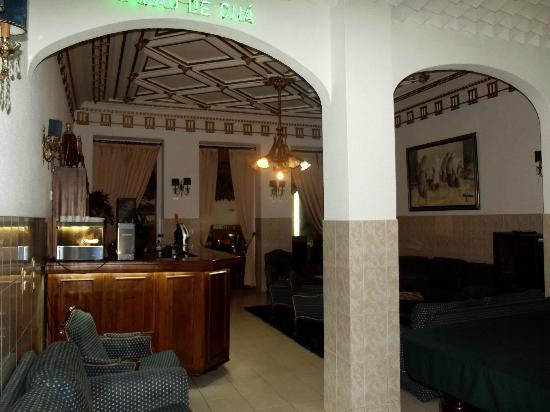 Costa do Sol Residencial: salon / bar
