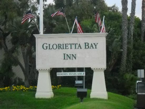 Glorietta Bay Inn: Exterior