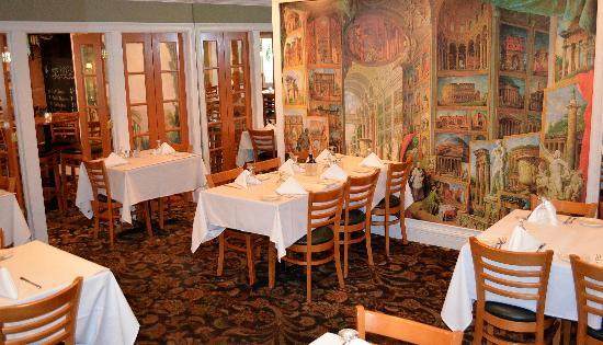 L'Italia Restaurant And Bar : Dining Room