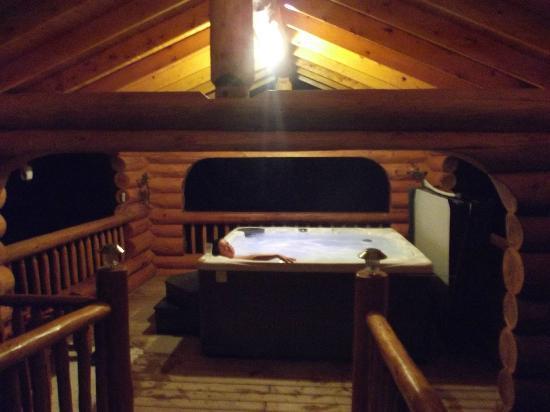 Il Nido Country Inn : Hot tub!