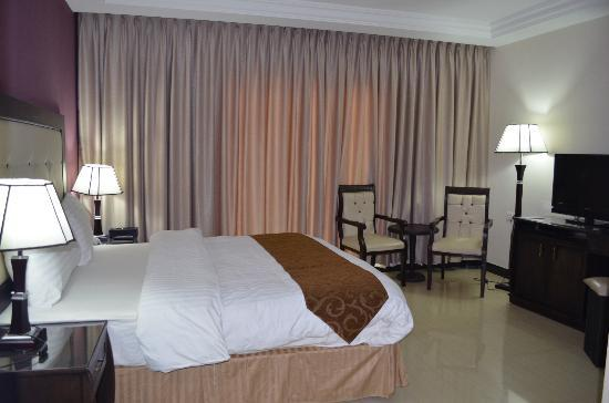 Petra Moon Hotel: Our big bedroom