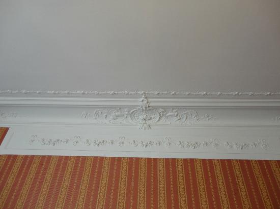 Hotel d'Argenson: moldings