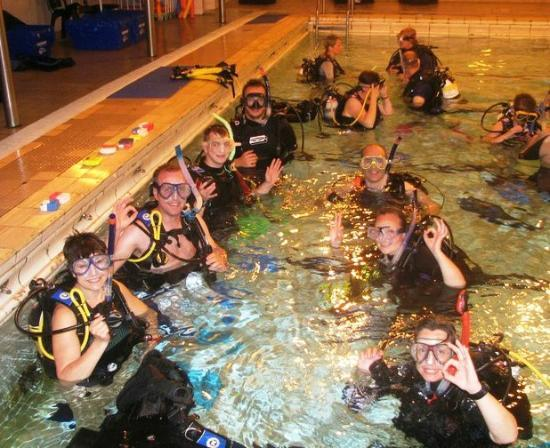 Scuba Scene: Wednesday night pool sessions