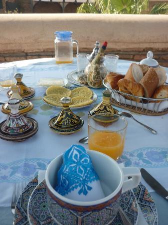 Riad Dar Sbihi: Breakfast