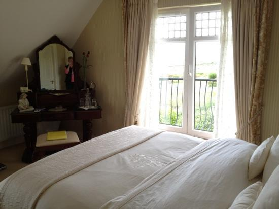 The Shores Country House: our beautiful room with a view of the sea