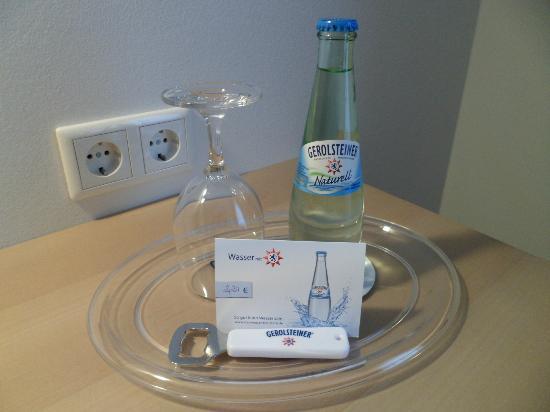 Hotel Cap Polonio: the minibar