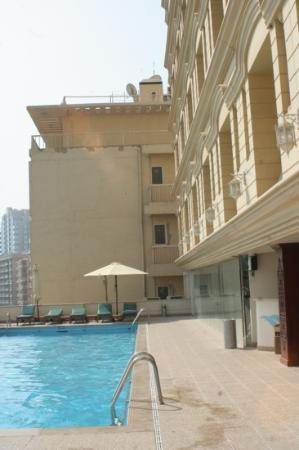 The Carlton Tower Hotel: piscina